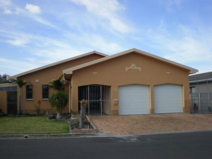 4 Bedroom House for Sale For Sale in Goodwood - MR249574