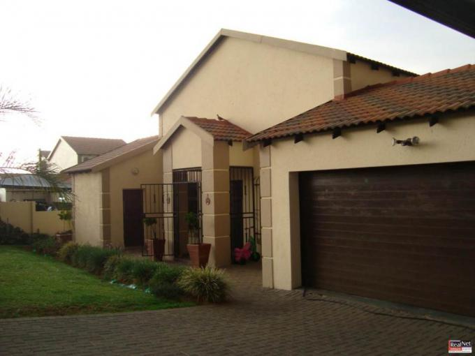 3 Bedroom House for Sale For Sale in Modelpark - MR249904