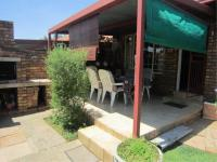 of property in Rooihuiskraal North