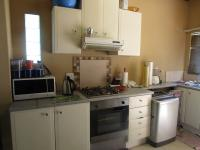 Kitchen - 38 square meters of property in Lombardy East