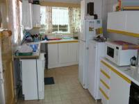 Kitchen - 24 square meters of property in Waterkloof