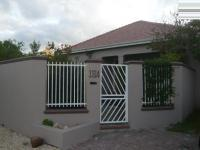 Front View of property in Rondebosch East