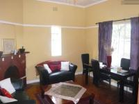 Lounges - 18 square meters of property in Rondebosch East