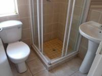 Main Bathroom - 2 square meters of property in North Riding A.H.
