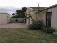 3 Bedroom 1 Bathroom House for sale in Table View