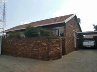 3 Bedroom 2 Bathroom Simplex for Sale for sale in Kempton Park