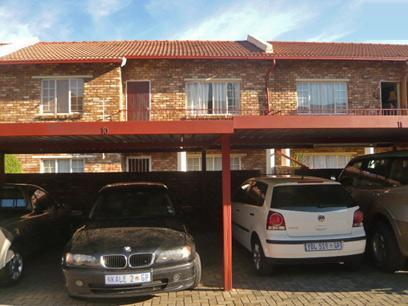 2 Bedroom Simplex for Sale For Sale in Krugersdorp - Private Sale - MR25363