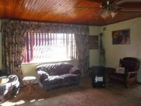 Lounges - 8 square meters of property in Krugersdorp