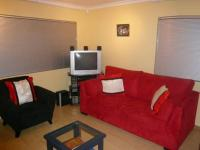 Lounges - 21 square meters of property in Maitland
