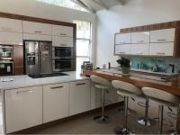 4 Bedroom 3 Bathroom House to Rent for sale in Bedfordview
