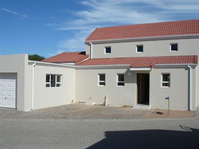 3 Bedroom House for Sale For Sale in Langebaan - Home Sell - MR25417