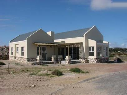 3 Bedroom House for Sale For Sale in Langebaan - Home Sell - MR25419