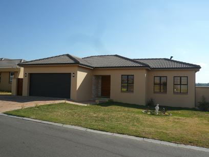 Standard Bank Repossessed House For Sale in Durbanville   - MR25446