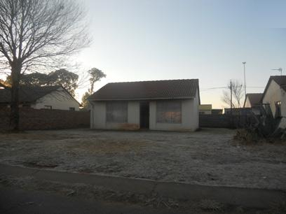 Standard Bank Repossessed House on online auction in Katlehong - MR25457