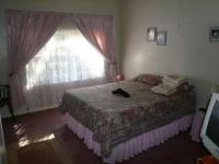 Bed Room 1 - 18 square meters of property in Bela-Bela (Warmbad)