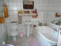 Bathroom 1 - 8 square meters of property in Bela-Bela (Warmbad)