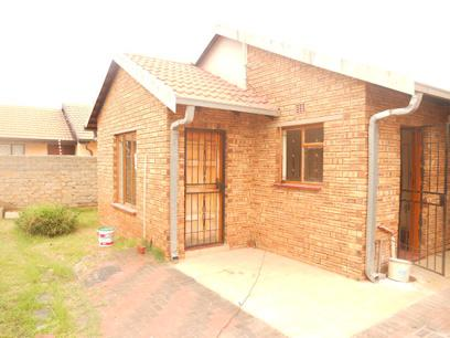 Standard Bank Repossessed 3 Bedroom House for Sale For Sale in Ennerdale - MR25482