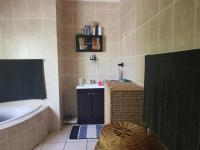Main Bathroom of property in Fochville