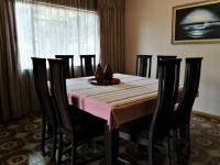 Dining Room - 17 square meters of property in Eden Glen