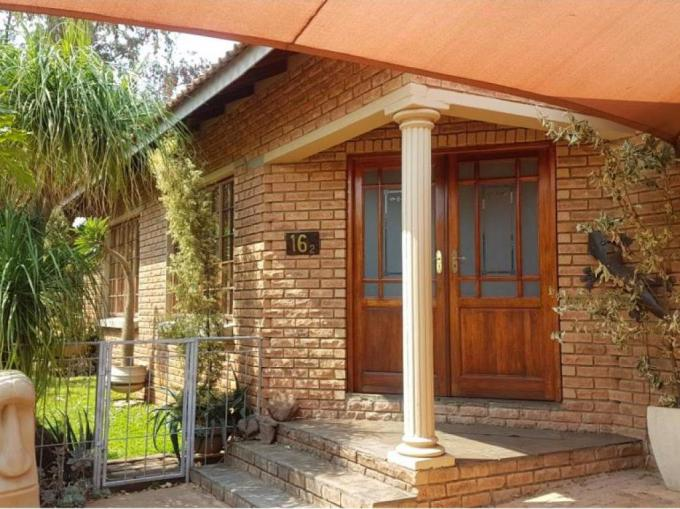 3 Bedroom House for Sale For Sale in Protea Park - MR260063