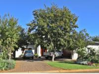 4 Bedroom 3 Bathroom House for Sale for sale in Midfield Estate