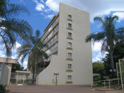 1 Bedroom Apartment For Sale in Faerie Glen - Private Sale - MR26090