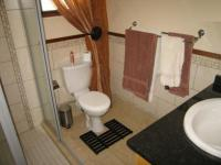 Bathroom 1 - 7 square meters of property in Wapadrand