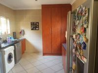 Kitchen - 14 square meters of property in Comet