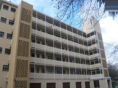 1 Bedroom Apartment For Sale in Rosebank - CPT - Private Sale - MR26233