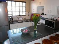 Kitchen - 8 square meters of property in Faerie Glen