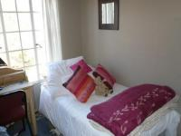 Bed Room 1 - 9 square meters of property in Faerie Glen