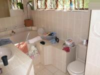 Main Bathroom - 12 square meters of property in Muckleneuk