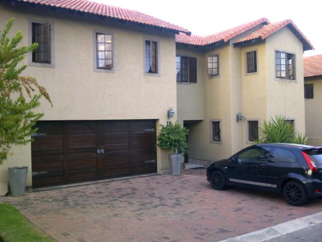 3 Bedroom House For Sale in Broadacres - Private Sale - MR26253