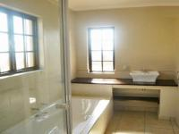 Bathroom 2 - 10 square meters of property in Broadacres