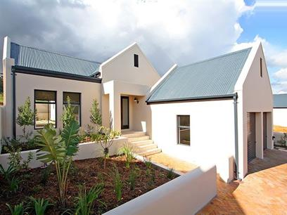 3 Bedroom House For Sale in Somerset West - Private Sale - MR26312