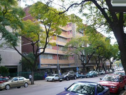 1 Bedroom Apartment For Sale in Pretoria Central - Home Sell - MR26355