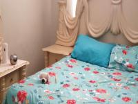 Main Bedroom - 10 square meters of property in Rynfield AH