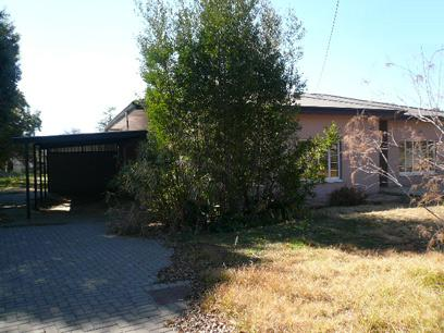 Standard Bank Repossessed 3 Bedroom House for Sale For Sale in Bloemfontein - MR26460