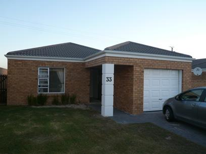 Standard Bank EasySell 2 Bedroom House for Sale For Sale in Brackenfell South - MR26474