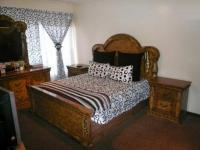 Main Bedroom - 20 square meters of property in Sasolburg