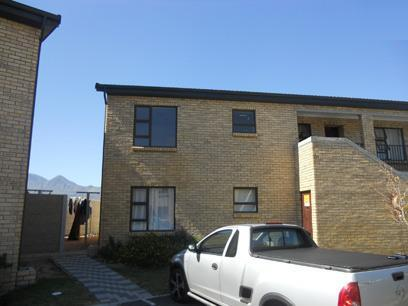 Standard Bank Repossessed 2 Bedroom Simplex for Sale For Sale in Gordons Bay - MR26528