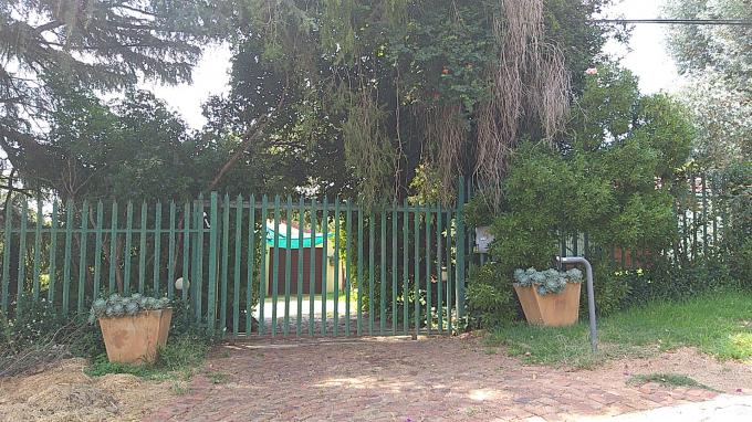 Standard Bank EasySell 4 Bedroom House for Sale in Fairlands - MR266206
