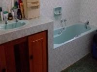 Bathroom 1 - 9 square meters of property in Fairlands
