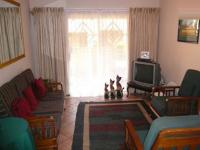 Lounges - 17 square meters of property in Mooikloof