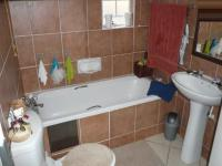 Bathroom 1 - 3 square meters of property in Mooikloof