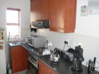 Kitchen - 6 square meters of property in Uitzicht