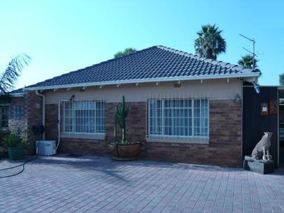 3 Bedroom House for Sale For Sale in Edenvale - Private Sale - MR27241