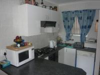 Kitchen - 12 square meters of property in Sonstraal