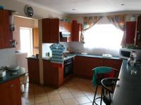Kitchen - 30 square meters of property in Montana