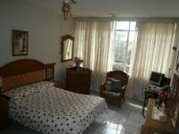 Bed Room 1 - 12 square meters of property in Muckleneuk